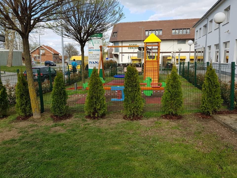 Dječje igralište upotpunjeno hortikulturom