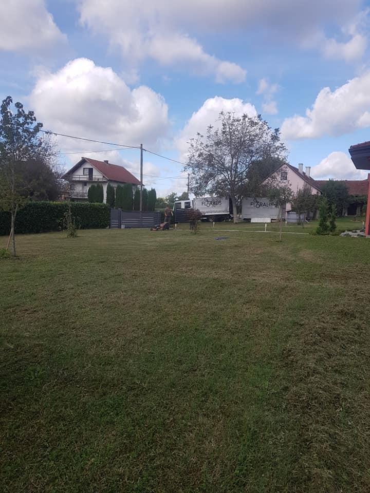 Prozračivanje i jesenska prihrana travnjaka