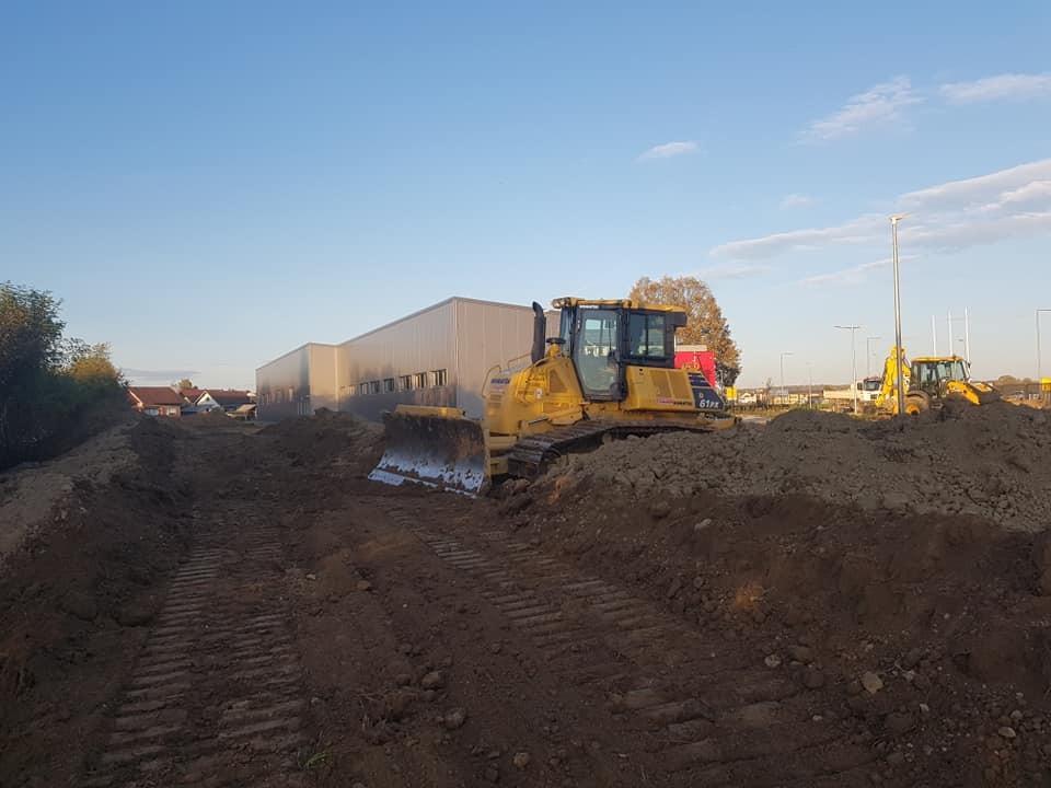 Nabava i dovoz 1.000 m3 humusa, zemljani radovi i planiranje